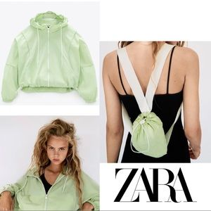 Zara Cropped Packable Water Repellant Jacket, XL